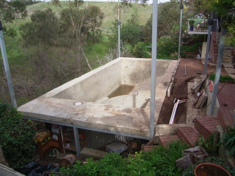 Adelaide Architects Swimming Pool For A Sloping Site With